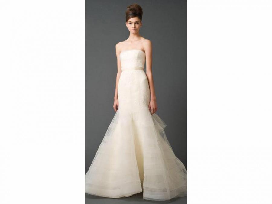 3e50980edec5 Vera Wang Sample Sale Browns Bride