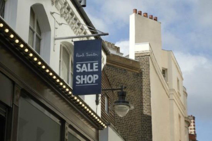 Paul Smith outlet -- Outlet store in London